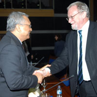Kemal Azis Stamboel and Prof Gareth Evans, Co-chair, ICNND